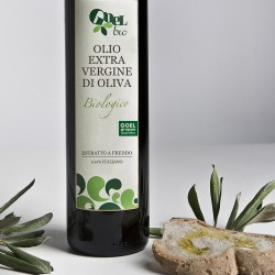 Olio d'oliva extravergine biologico Geracese